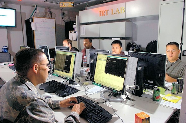 The Air Force's 26th Network Operations Squadron and the Defense Information Systems Agency led the migration of Joint Base San Antonio-Lackland's network traffic through the newly installed Joint Regional Security Stack at the Texas base in September 2014. Here, members of the 33rd Network Warfare Squadron based at JBSA-Lackland execute their network-defense mission. Air Force photo