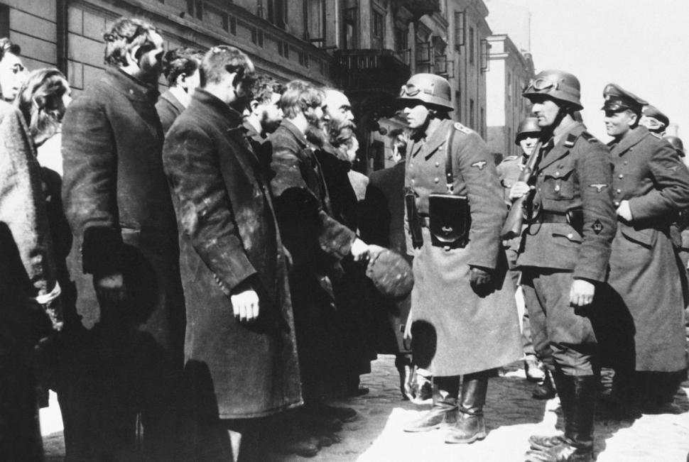 Image result for warsaw ghetto uprising