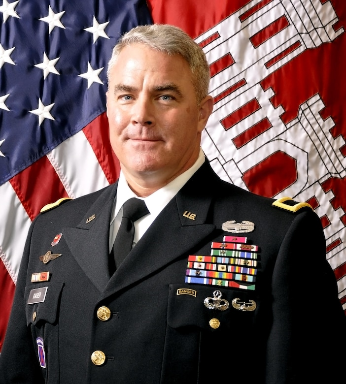 Brig. Gen. Kaiser delivers his thoughts regarding the future of USACE dredging on the Great Lakes.