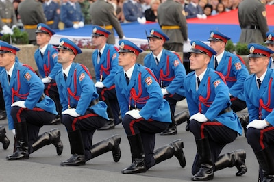 national guard leaders honor newest serbian officers