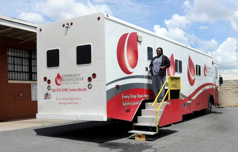 A nurse exits the Community Blood Center of the Carolinas mobile blood donation unit during a blood drive held at the North Carolina Air National Guard base, Charlotte Douglas Intl. Airport, April 18, 2015.  CBCC is an organization that supplies blood to hospitals in the local Charlotte area. Donating one pint takes an hour or less, and in the end one walks away having saved up to three lives. (U.S. Air National Guard photo by Master Sgt. Patricia F. Moran, 145th Public Affairs/Released)