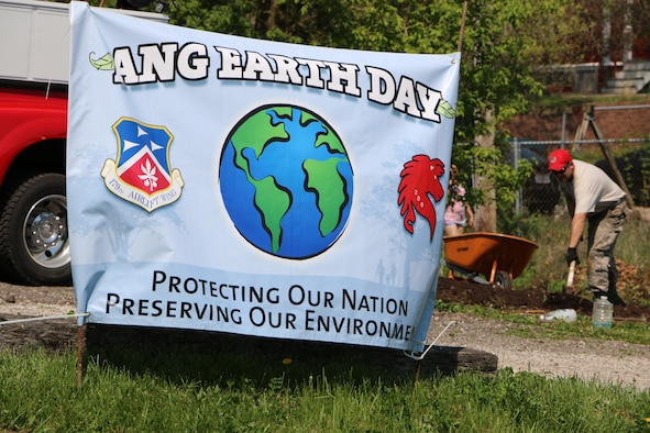 Members of the 179th Airlift Wing and 200th RED HORSE volunteer to clean up in several locations around Mansfield, Ohio, as they observe Earth Day on May 7, 2015. Airmen help clean up local parks and gardens alongside volunteers from the North End Community Improvement Collaborative (NECIC) as well as joining children from schools and community centers.  (U.S. Air National Guard photo by Tech. Sgt. Joe Harwood\Released)