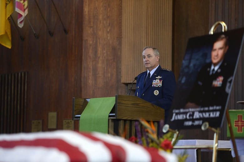 Air Force Chief of Staff Gen. Mark A. Welsh III speaks during the memorial service in honor of ninth Chief Master Sgt. of the Air Force James C. Binnicker, before he is laid to rest in Arlington National Cemetery, Va., Aug. 14, 2015. Binnicker passed away March 21 in Calhoun, Ga. (U.S. Air Force photo/Scott M. Ash)