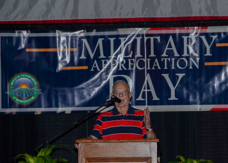 Dale Mitchell, a World War II veteran and POW from Missouri recounts his memories of WWII and thanks all the servicemen and women for their dedicated service at the Missouri State Fair August 16, 2015. (U.S. Air National Guard photo by Staff Sgt. Brittany Cannon)