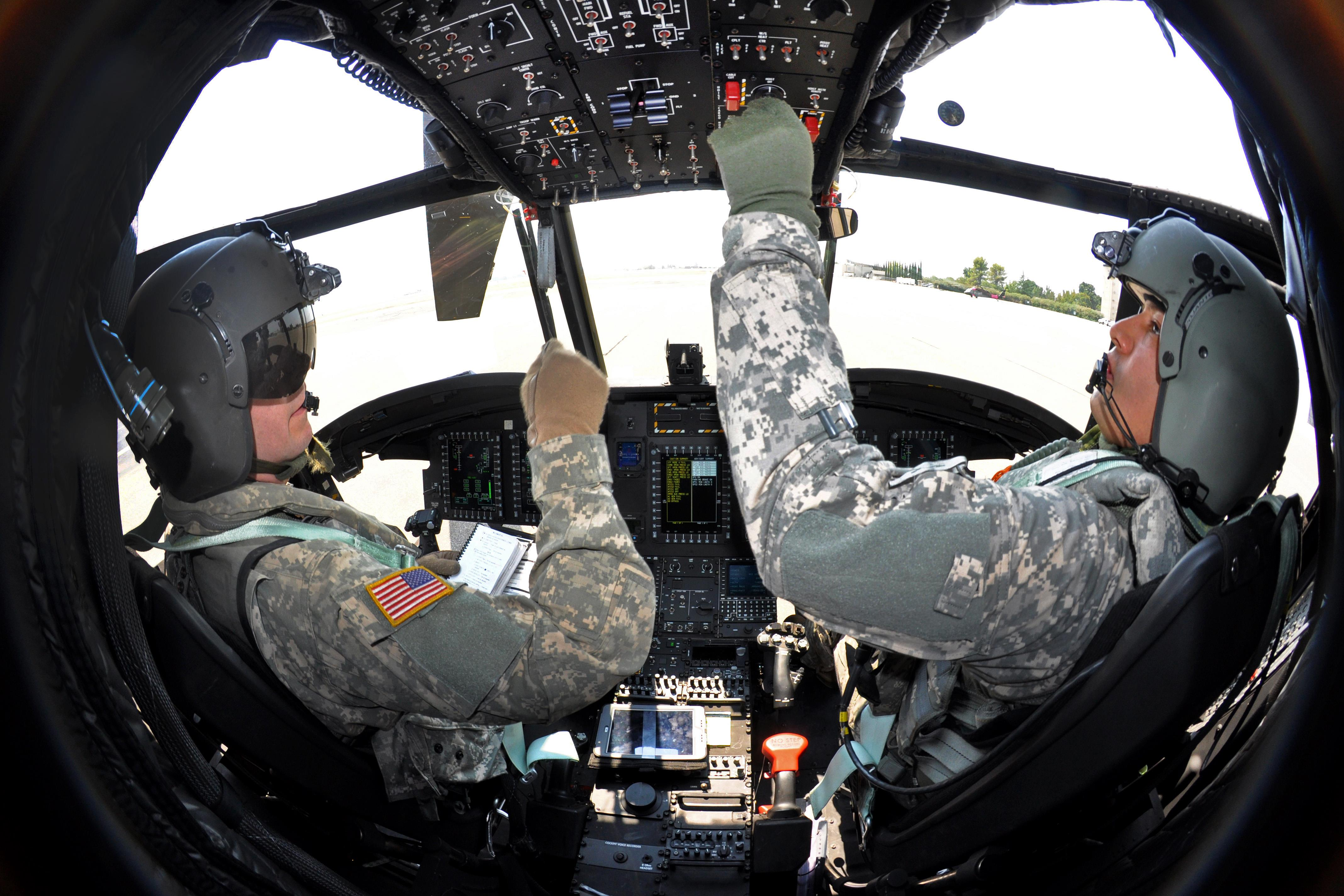 how to become an army warrant officer pilot