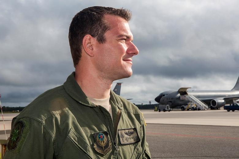 """Tech. Sgt. Justin B. Gielski, a loadmaster with the 150th Special Operations Squadron, 108th Wing, New Jersey Air National Guard, poses for a portrait at Joint Base McGuire-Dix-Lakehurst, N.J., Aug. 19, 2015. Gielski placed fifth in the all-military city final on the TV show """"American Ninja Warrior"""" and advanced to the finals in Las Vegas. (U.S. Air National Guard photo by Master Sgt. Mark C. Olsen/Released)"""