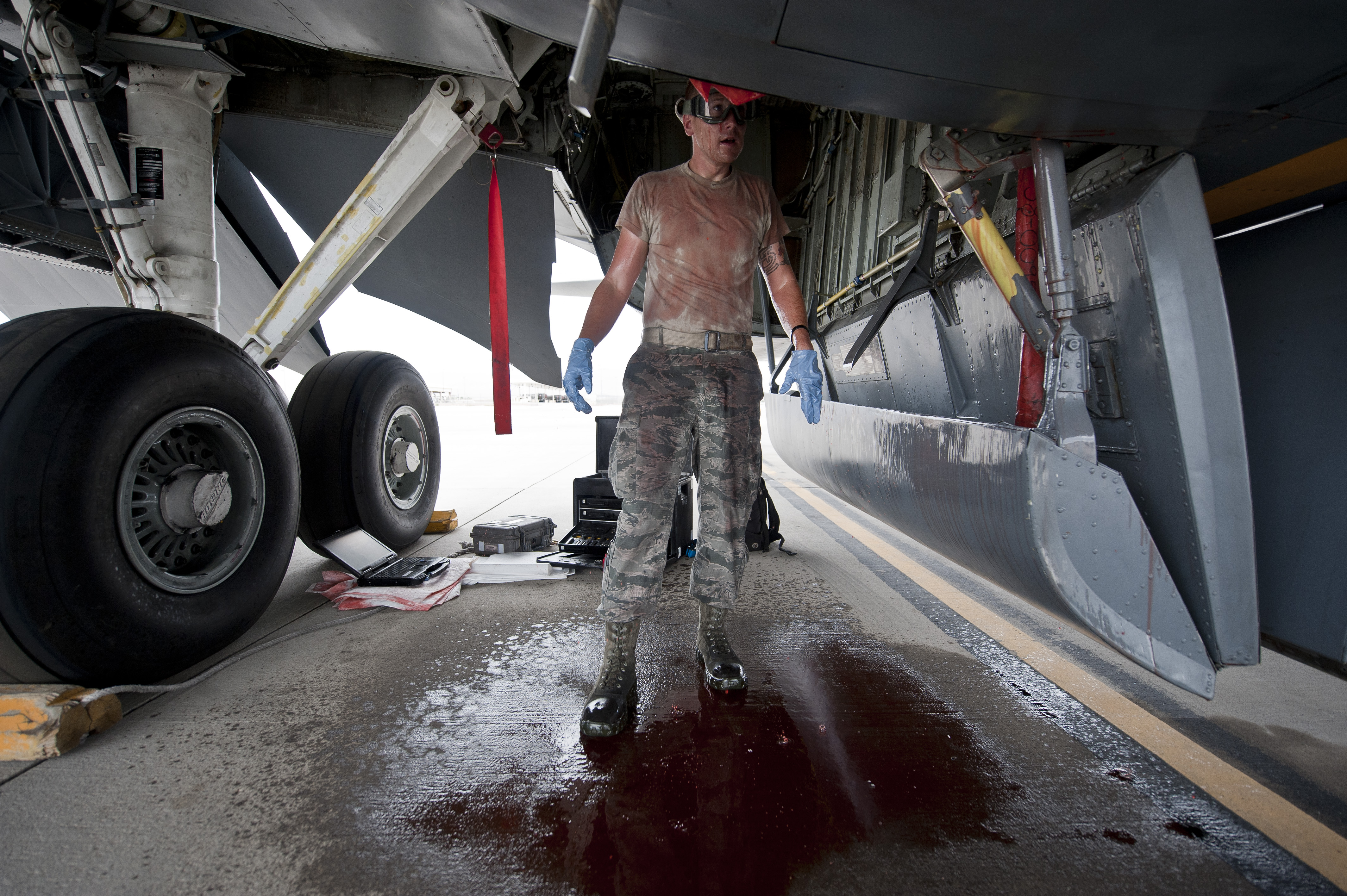 aircraft hydraulic systems The air national guard has a career for you in aircraft-hydraulic-systems, afsc 2a6x5 you can grow your skills or change careers while you serve your country.