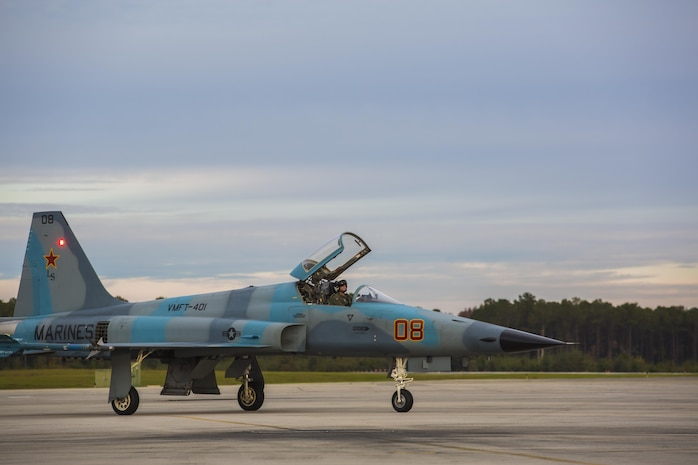 An F-5N Tiger II taxis after landing aboard Marine Corps Air Station Beaufort in Dec. 3 to support Marine Fighter Attack Training Squadron 501 in air-to-air training from Dec. 2-Dec. 11. Marine Fighter Training Squadron 401 brought five F-5N Tiger II aircraft to support red air for VMFAT-501, an F-35 training squadron.  Red air is the adversary forces for air-to-air training simulating threat country tactics. The jet is with VMFT-401.