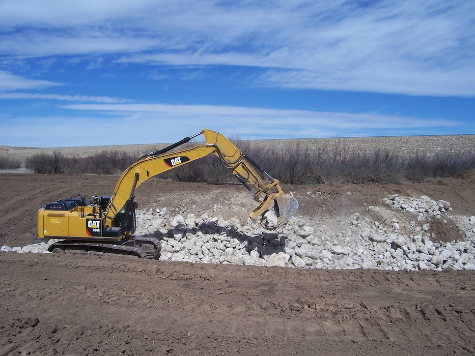 SANTA ROSA, N.M. – Track Hoe Operations. Photo by Gary Cordova, March 8, 2015.