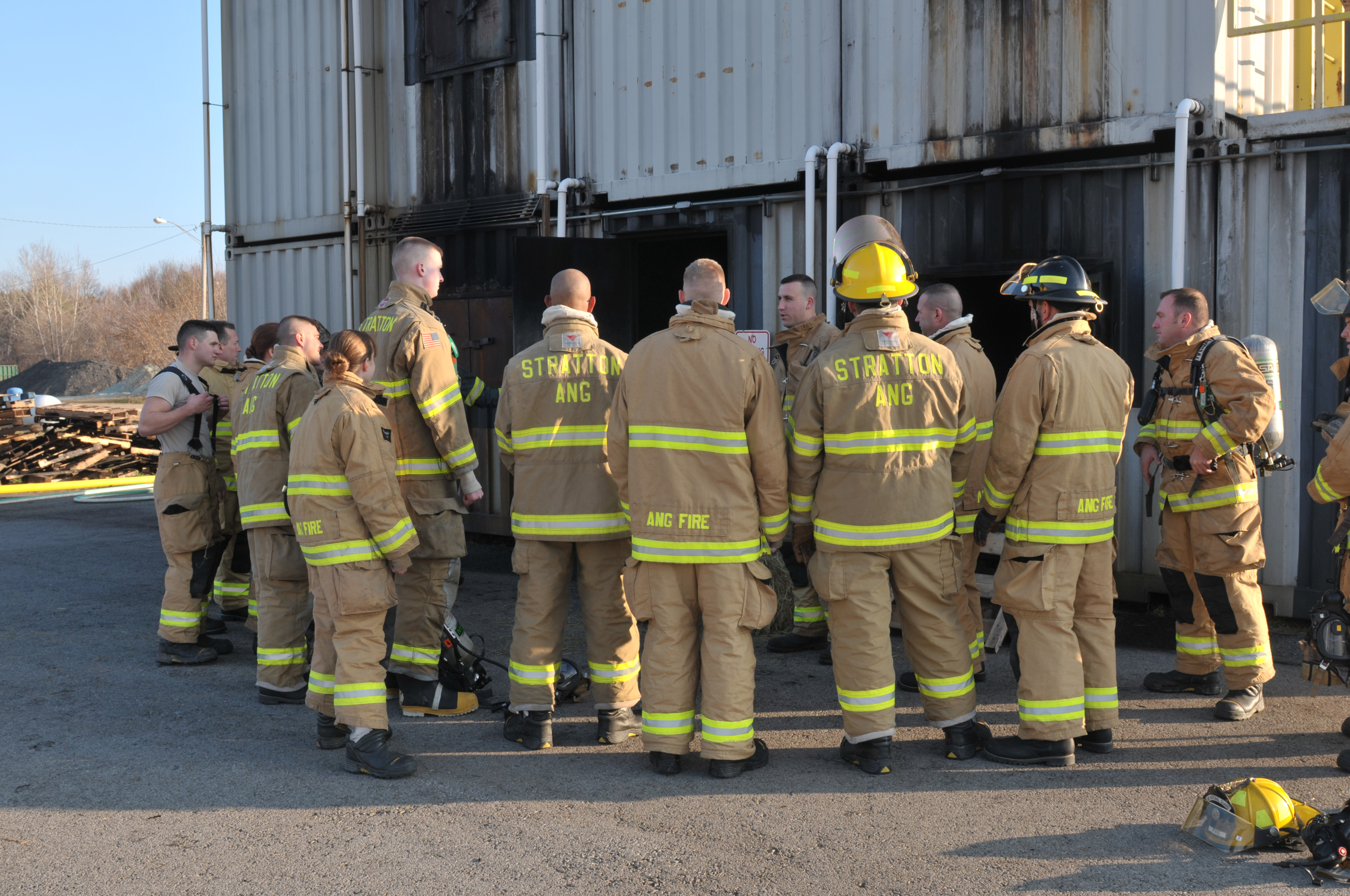 109th, community firefighters complete live fire training