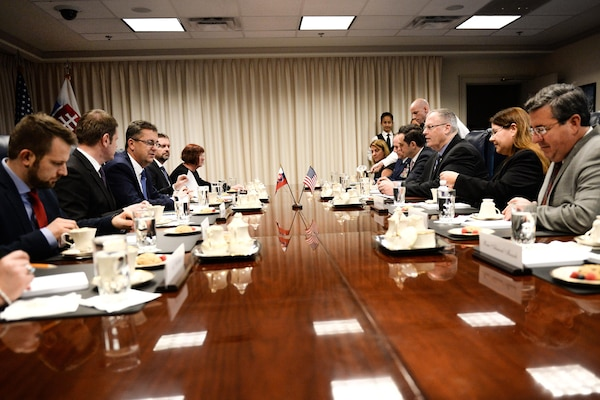 U.S. Deputy Defense Secretary Bob Work, center right, meets with Slovak Defense Minister Martin Glvac at the Pentagon, Dec. 09, 2015. The two leaders met to discuss matters of mutual importance. DoD photo by Army Sgt. First Class Clydell Kinchen