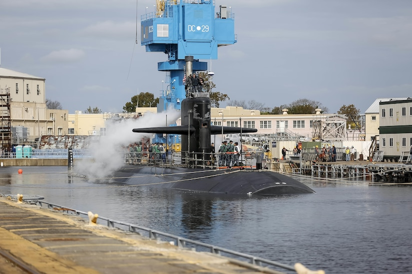 151026-N-MA158-006 (Oct. 26, 2015) PORTSMOUTH, Virginia - USS Helena (SSN 725) is pictured here at Norfolk Naval Shipyard (NNSY).