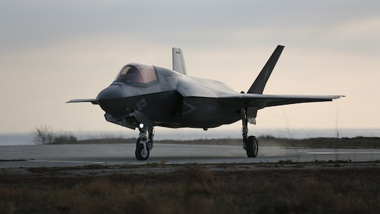 An F-35B Lightning II with Marine Fighter Attack Squadron (VMFA) 121 taxis down the runway after refueling at Red Beach on Marine Corps Base Camp Pendleton, Calif., Dec. 10. This is the first time that the F-35 conducted close air support missions in support of exercise Steel Knight. (U.S. Marine Corps photo by Sgt. Brian Marion/Released)