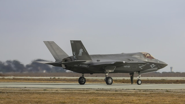 An F-35B Lightning II with Marine Fighter Attack Squadron (VMFA) 121 taxis down the runway at Red Beach at Marine Corps Base Camp Pendleton, Calif., Dec. 10, 2015. This is the first time that the F-35 conducted close air support missions in support of exercise Steel Knight.