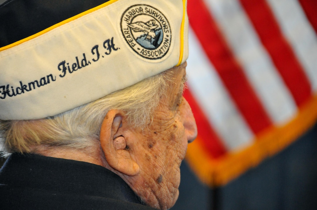 A Pearl Harbor survivor waits for the start of a remembrance ceremony Dec. 7 at the USS Intrepid Sea, Air & Space Museum.