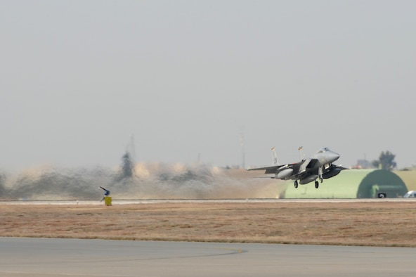 A U.S. Air Force F-15C Eagle departs Incirlik Air Base, Turkey, Dec. 16, 2015. The F-15C's, from the 493rd Fighter Squadron at RAF Lakenheath, UK, conducted training and operational missions supporting Turkish allies and their sovereign airspace. (U.S. Air Force photo by Tech. Sgt. Taylor Worley)