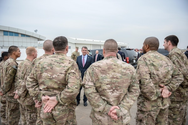 U.S. Defense Secretary Ash Carter speaks with troops during a visit to Irbil, Iraq, Dec. 17, 2015. Carter is on a weeklong trip to the Middle East to meet with military leaders and thank troops for their service and sacrifice, especially during the holiday season. DoD photo by Army Sgt. 1st Class Clydell Kinchen