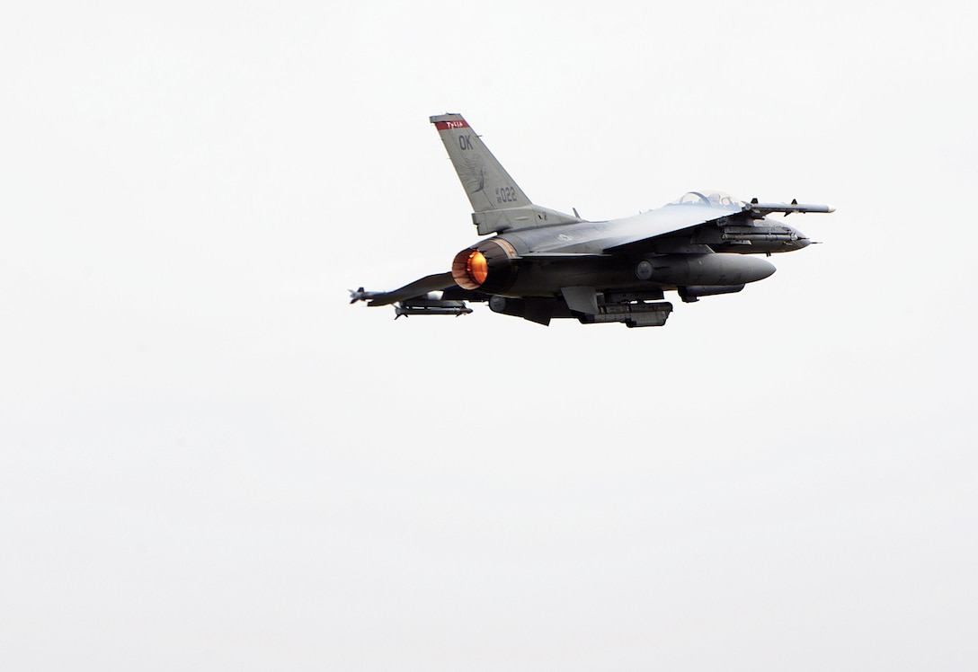 A U.S. Air Force F-16 Fighting Falcon from the 125th Expeditionary Fighter Squadron located at Tulsa Air National Guard Base, Okla, takes off in support of the U.S. Pacific Command Theater Security Package Dec. 15, 2015, at Kadena Air Base, Japan. Movement of U.S. Air Force TSPs into this region has been a routine and integral part of U.S. Pacific Command's force posture since March 2004. (U.S. Air Force photo by Naoto Anazawa)