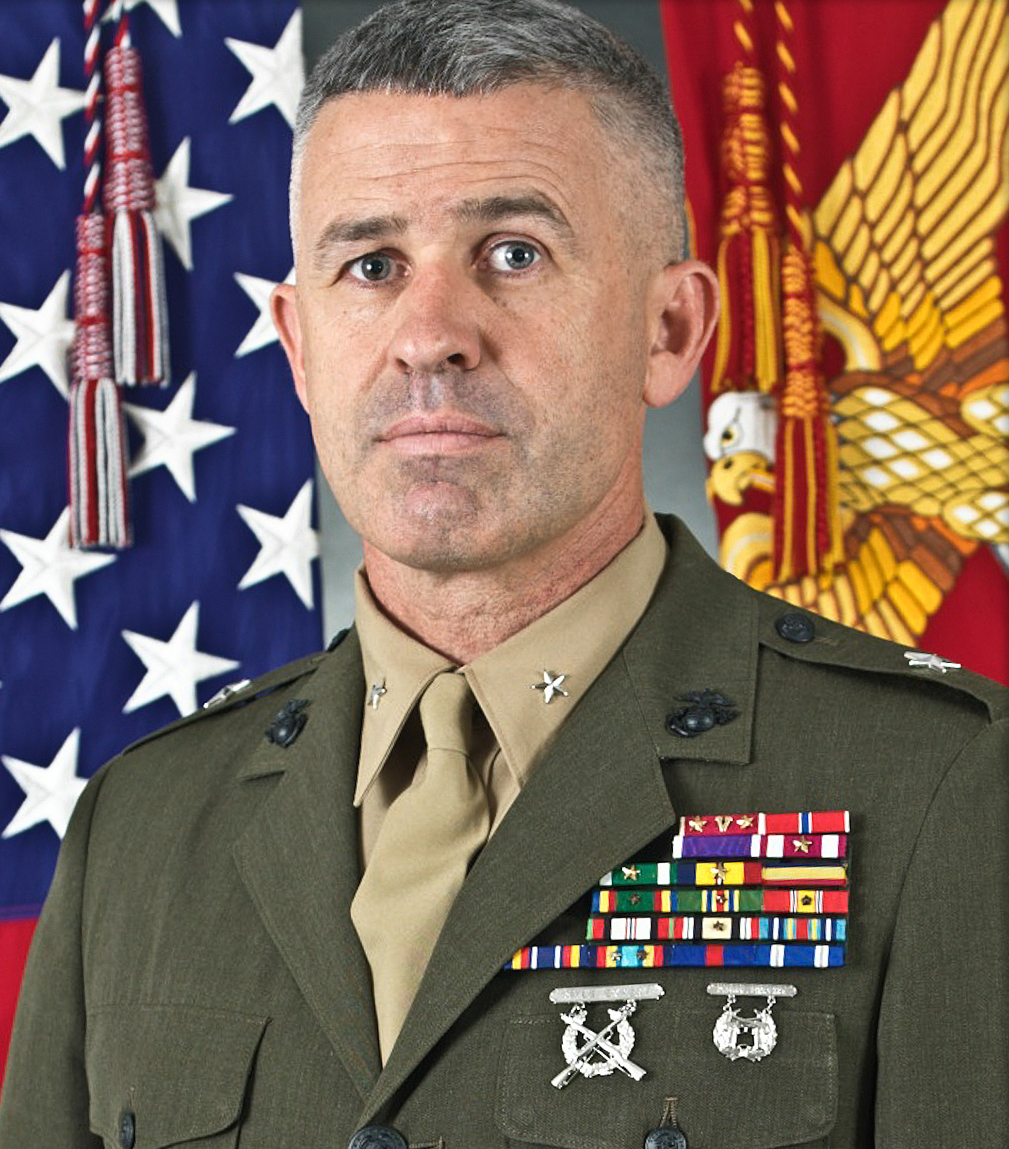 Brig. Gen. Paul Kennedy assumes command of MCRC > Marine ...