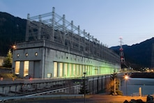 Visitors to Bonneville Lock and Dam, located about 40 miles east of Portland, Oregon, can learn about hydropower, fish and navigation, or enjoy hiking around historic Fort Cascades trails.