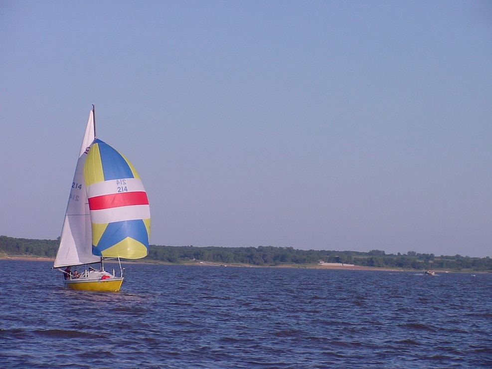 sailboat on Lake Red Rock
