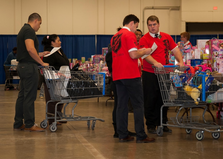 Toys For Tots Foundation Headquarters : Dyess marines deliver big during th year of toys for