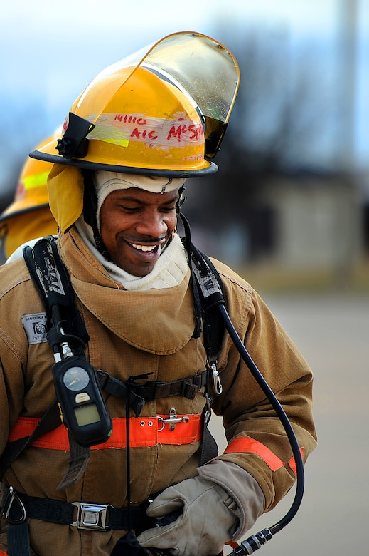 GOODFELLOW AIR FORCE BASE, Texas – Airman 1st Class Onnie O. McSpadden, 127th Michigan Air National Guard firefighter apprentice, walks over to the burn trainers at the Louis F. Garland Department of Defense Fire Academy Feb. 3. McSpadden and his classmates learned how to put out live fires as a team. (U.S. Air Force photo/ Airman 1st Class Devin Boyer)
