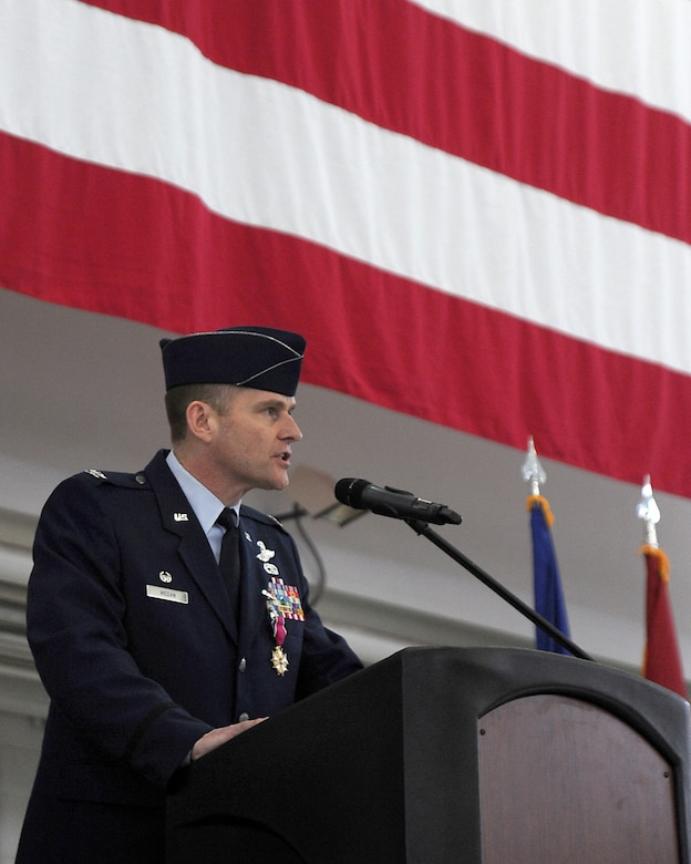 U.S. Air Force Col. Richard W. Wedan, outgoing commander 142nd Fighter Wing, Oregon Air National Guard, gives his farewell remarks as commander of the 142nd Fighter Wing to those attending the Change of Command ceremony for the wing, held at the Portland Air National Guard Base, Ore. Feb. 7, 2015. (U.S. Air National Guard photo by Staff Sgt. Brandon Boyd, 142nd Fighter Wing Public Affairs)