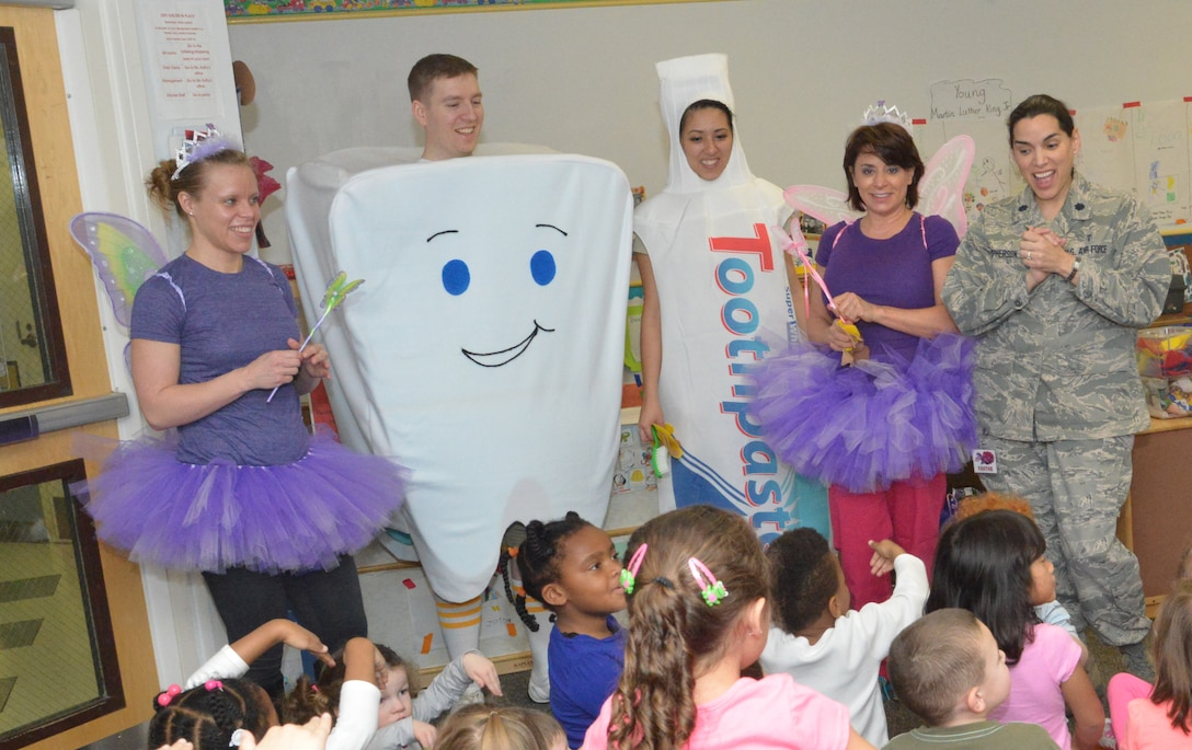 78th Dental Squadron representatives share healthy habits with students at the Child Development Center, February 10, 2015. (U.S. Air Force photo by Ray Crayton)