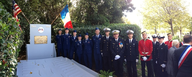 Academy cadets, Royal Military cadets and cadets from the École de l'air are seen here with the École de l'air's commandent, Brig. Gen. Francis Pollet, on Veterans Day in Marseille, France in 2014. The École de l'air is France's air force officer training school. (Courtesy photo)