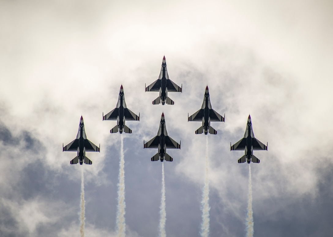The Thunderbirds Delta Formation flies over the Daytona International Speedway during a practice flight Feb. 21, 2015, in Daytona Beach, Fla. (U.S. Air Force photo/Senior Airman Jason Couillard)