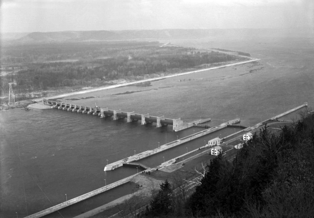 Lock and Dam 8, circa 1944.
