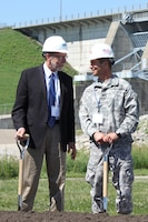 Col. Mark Deschenes and Rep. Dave Loebsack get ready to break ground on the Red Rock Hydroelectric Project.