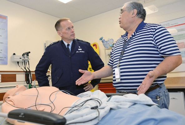 Air Force Medical Support Agency commander visits WHASC, SAMMC ...