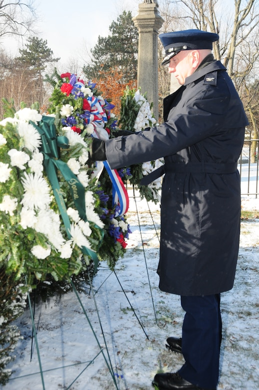 Col. Kevin Rogers, Inspector General of the New York Air National Guard's 107th Airlift Wing, placed a wreath on behalf of President Barack Obama at Forest Lawn Cemetery in Buffalo, NY on January 7, 2015 (Air National Guard Photo/Tech. Sgt. Brandy Fowler)