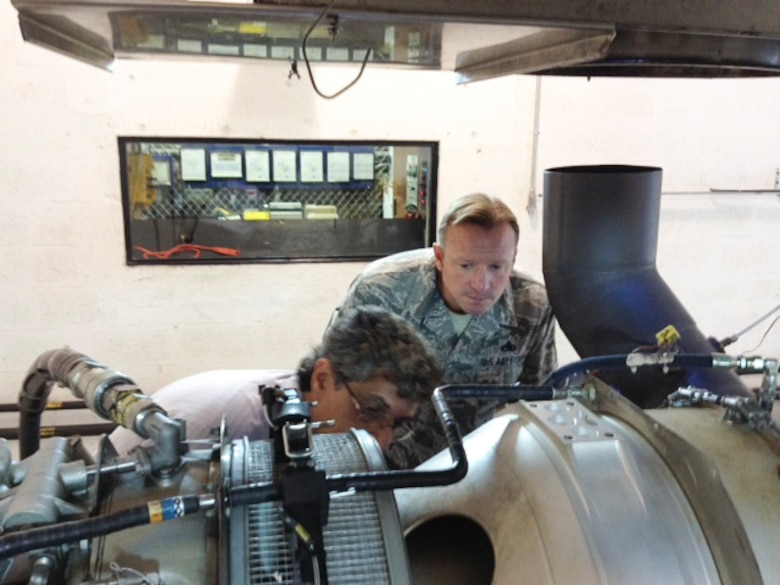 Master Sgt. Jeremy Jacobs, 12th Air Force (Air Forces Southern) Tactical Aircraft Manager, observes a demonstration of different techniques for performing proper maintenance procedures on the PT6A turboprop engine on Dec. 15, 2014 in Miami, Fl. The PT6A turboprop engine is a powerhouse that offers high performance, reliability and value in its ability to power air craft across multiple platforms and is used by 170 different countries worldwide. (Courtesy Photo)