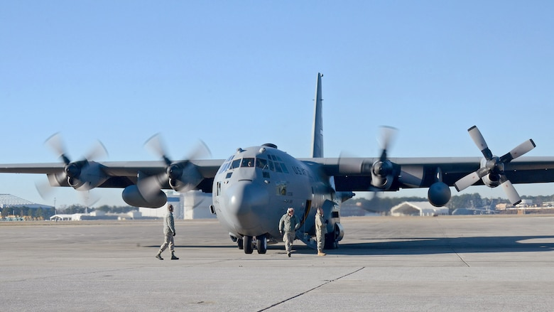 94th Airlift Wing maintenance personnel stand by to monitor the last engine start for the C-130H aircraft. The aircraft and crew are leaving for deployment to Southwest Asia, Jan. 8, 2015 at Dobbins Air Reserve Base, Ga.  (U.S. Air Force photo/Brad Fallin)