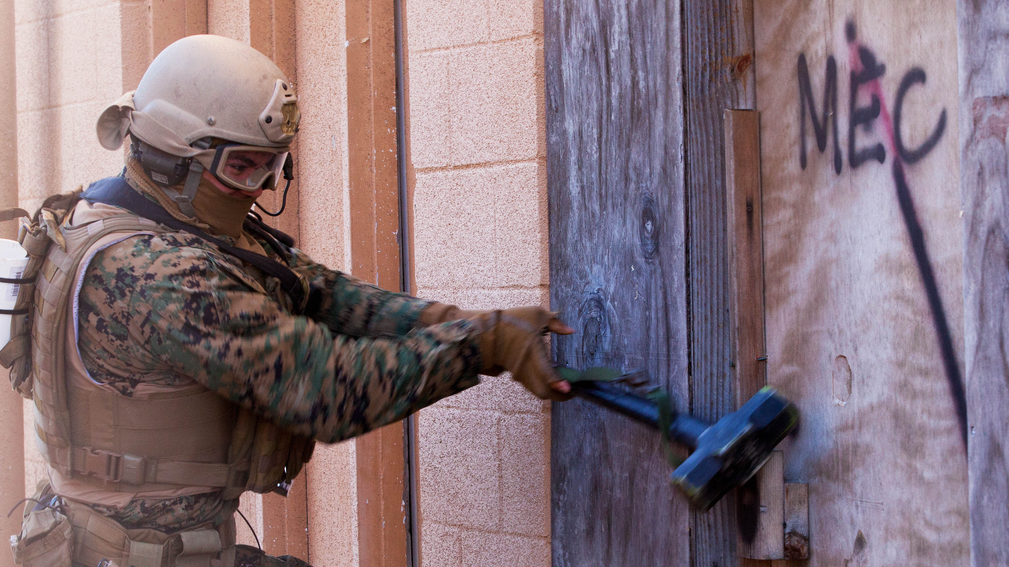 A Marine with Force Company 2nd Reconnaissance Battalion 2nd Marine Division use a & Marines.mil - Photos