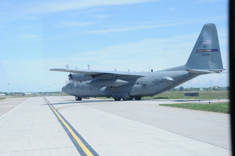A C-130 Hercules from the 934th Airlift Wing, Minneapolis-St. Paul Air Reserve Station, Minn., taxis the runway at Niagara Falls Air Reserve Station on June 2, 2015. Personnel from the 914th Airlift Wing here and the 934th Airlift Wing, Minneapolis-St. Paul Air Reserve Station, Minn., were participating in a multi-unit exercise. (U.S. Air Force photo by Staff Sgt. Matthew Burke)
