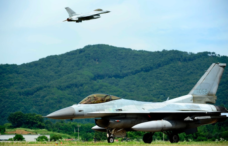 A South Korean air force KF-16 Fighting Falcon from the 19th Fighter Wing taxis on the runway at Jungwon Air Base, South Korea, during Buddy Wing 15-6, July 10, 2015. Buddy Wing exercises are conducted multiple times throughout the year to sharpen interoperability between U.S. and South Korean forces so, if the need arises, they are always ready to fight as a combined force. (U.S. Air Force photo/Staff Sgt. Nick Wilson)
