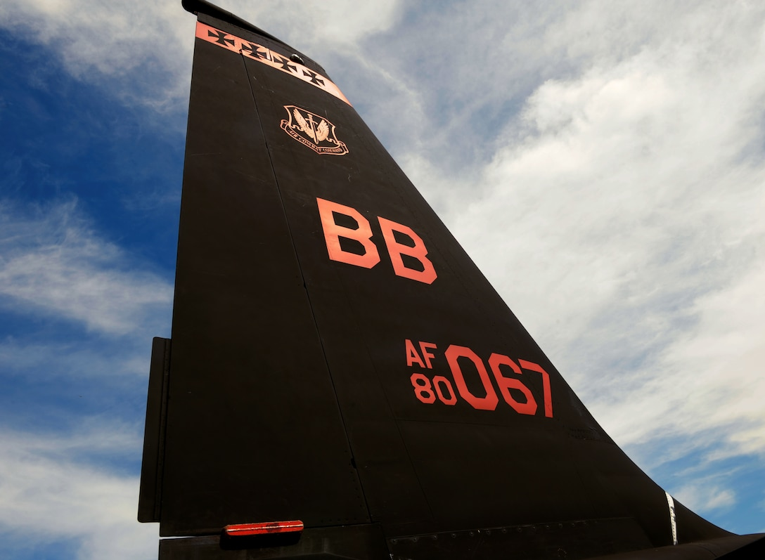 """A U-2 Dragon Lady is showcased for attaining a rare achievement at Beale Air Force Base, California, July 14, 2015. The aircraft was recognized as a """"black-letter jet,"""" an accomplishment in which a plane flies with zero discrepancies. The achievement has not happened in 13 years at Beale. (U.S. Air Force photo by Airman Preston L. Cherry)"""