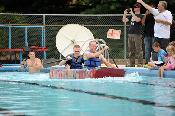Team Mdl Gets Soaked During Cardboard Boat Regatta Joint Base Mcguire Dix Lakehurst Article