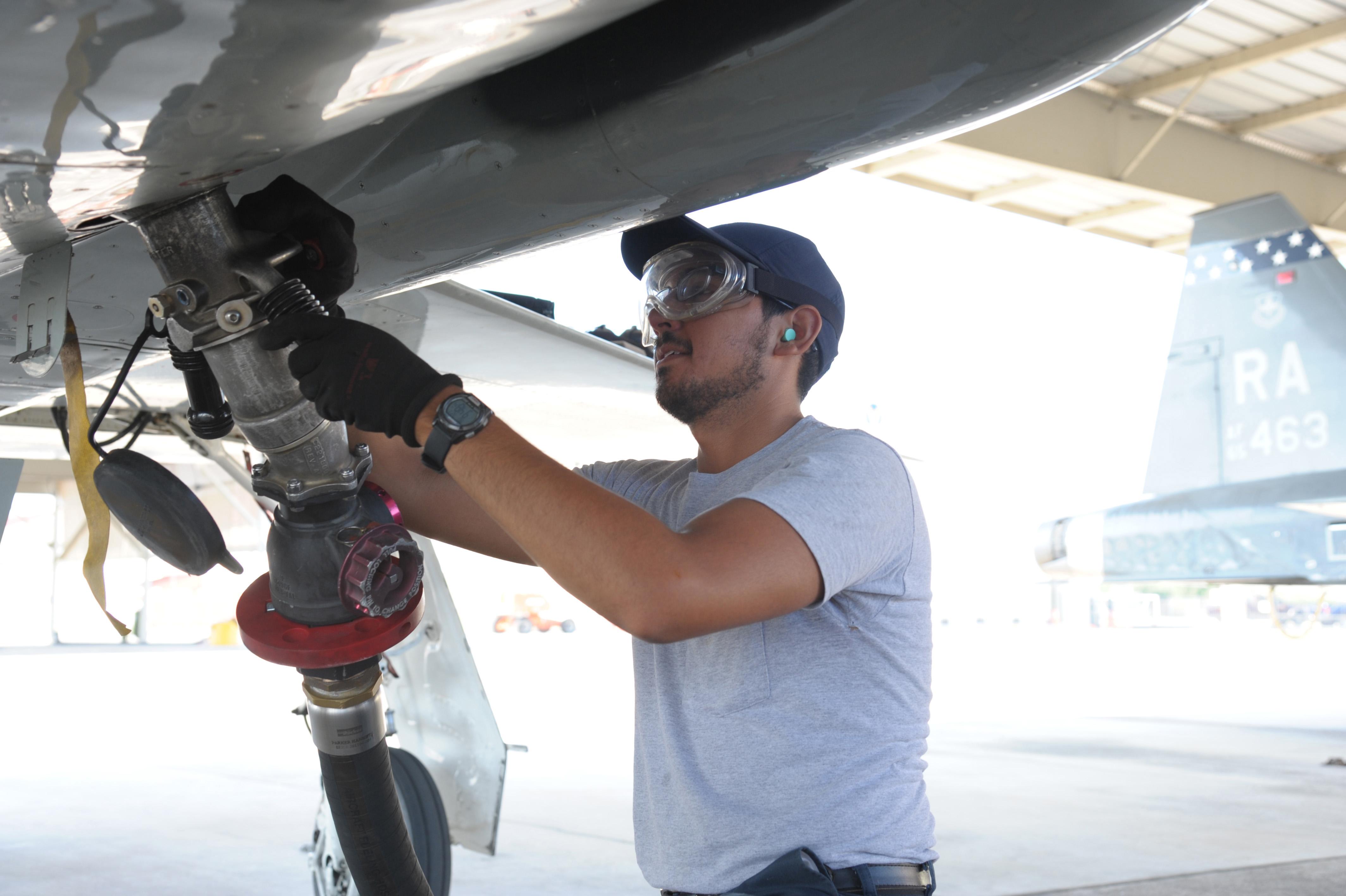 Jbsa Fuels Flight Keep Aircraft Airborne Motor Vehicles