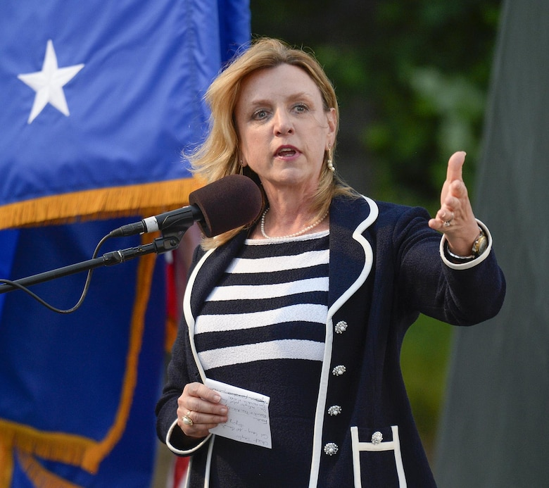 Secretary of the Air Force Deborah Lee James introduces the U.S. Air Force Band's inaugural performance of the 2015 U.S. Air Force Band Summer Concert Series at the Air Force Memorial in Arlington, Va., May 29, 2015. (U.S. Air Force photo/Andy Morataya)