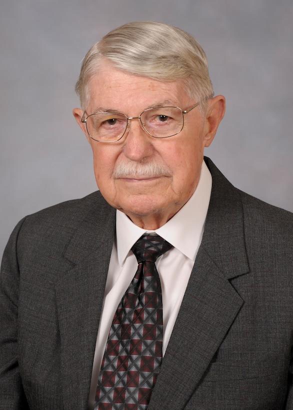 AEDC Lifetime Achievement Fellow Phil Tarver