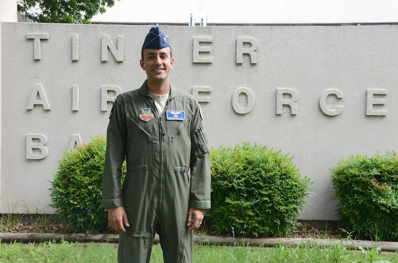 Capt. Fernando Nicolalde, a pilot with the 552nd Operations Group, is the 2015 Airlift Tanker Association Young Leadership Award winner. (Air Force photo by Kelly White/Released)
