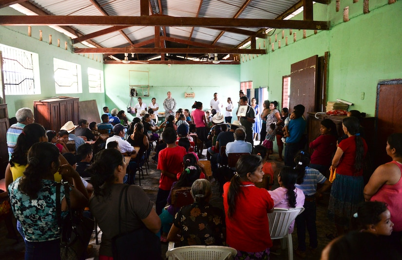A member of the Honduran Ministry of Health provides general knowledge to the community of Corinto, Cortes during a medical readiness training exercise June 2, 2015. Before receiving vaccinations, check-ups and general medical care, the community of Corinto, Cortes was educated on the benefits of basic hygiene and diseases that are common in the area. (U.S. Air Force photo by Staff Sgt. Jessica Condit)