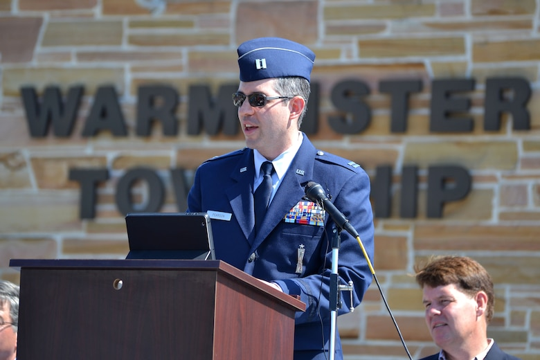 Capt. Sean Pearson, 111th Attack Wing chief of public affairs, Horsham Air Guard Station, Pennsylvania, closes as the keynote speaker during the Memorial Day celebration, May 25, 2015 in Warminster, Pennsylvania. Residents waited and watched in anticipation along the streets of the parade route during the day-long event. (U.S. Air National Guard photo by Master Sgt. Christopher Botzum/Released)