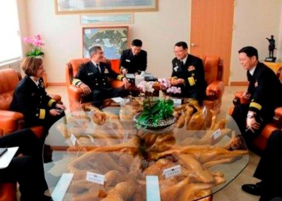 U.S. Pacific Fleet Commander visits ROK > United States ...