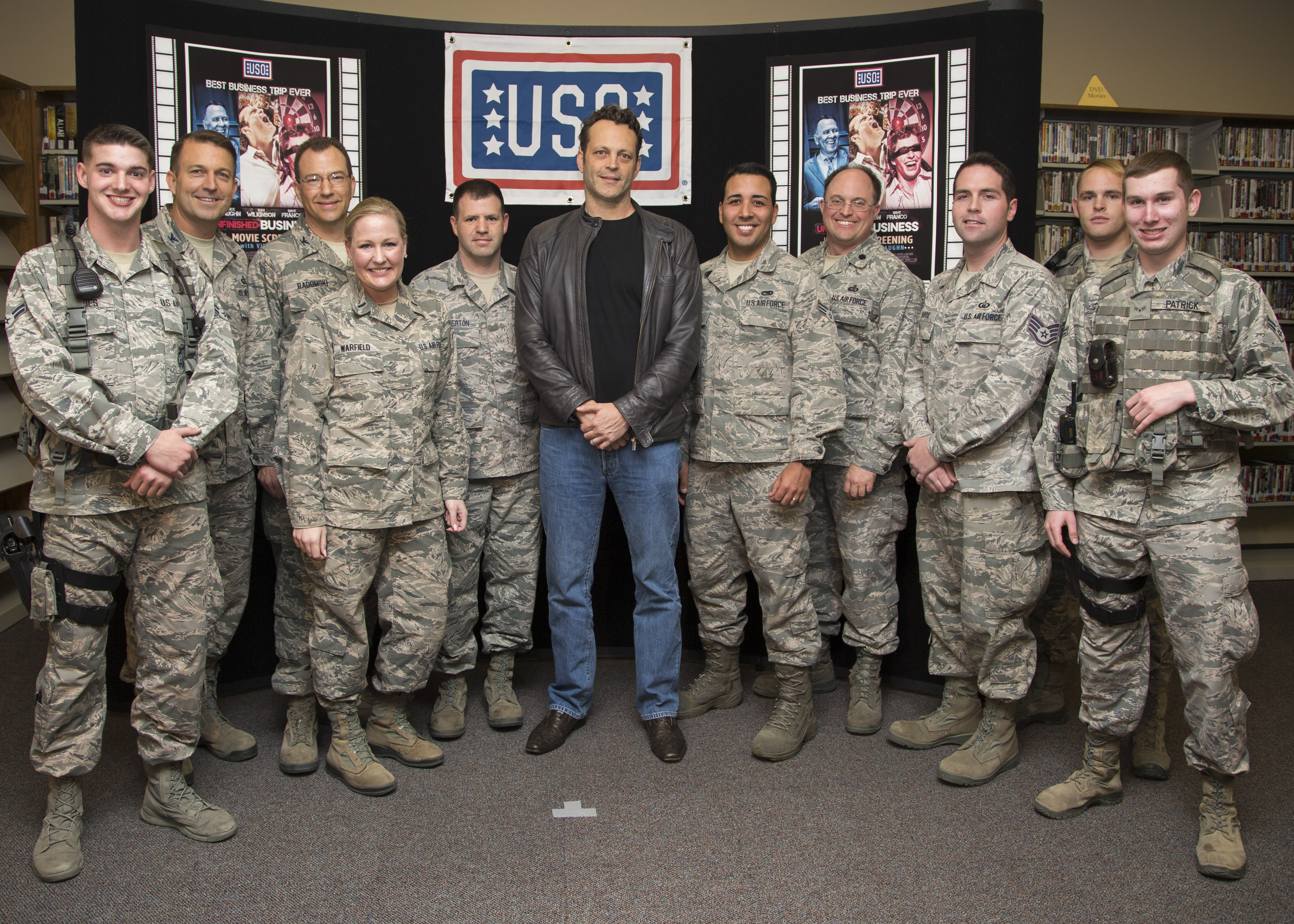 Vince Vaughn Treats Troops At Edwards To Advance Uso Screening Of